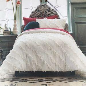 Opalhouse  textured Comforter set dorm twin xl
